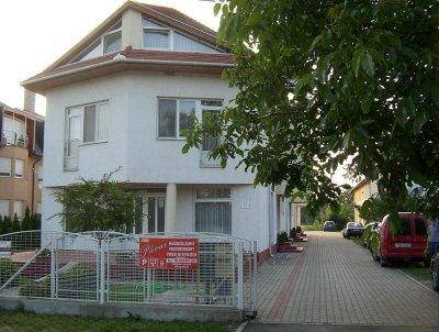 Pávai Apartmanház  szálláshely