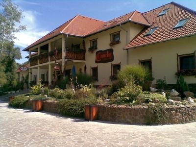 Camelot Club Hotel *** & Étterem szálláshely