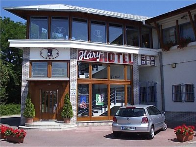 HÁRY HOTEL  *** szálláshely