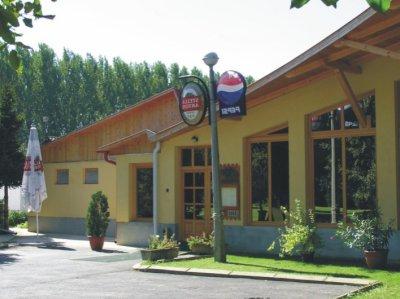 Diófa Kemping Étterem szálláshely