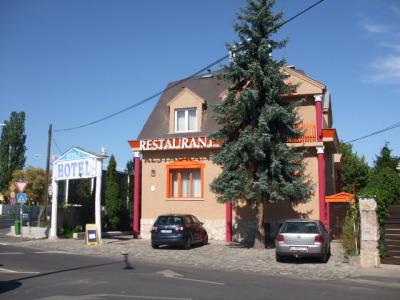 Attila Hotel szálláshely
