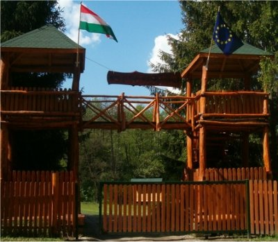 Tiszafüredi Ifjúsági Tábor szálláshely