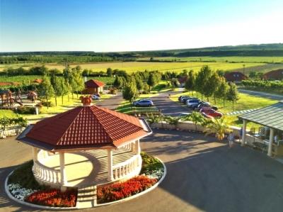 Egri Korona Borház szálláshely