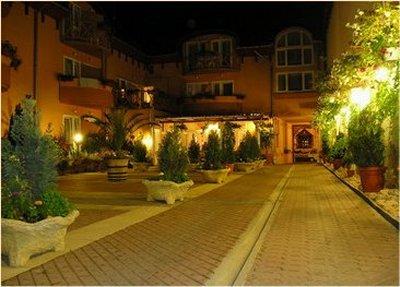 Átrium Hotel  szálláshely